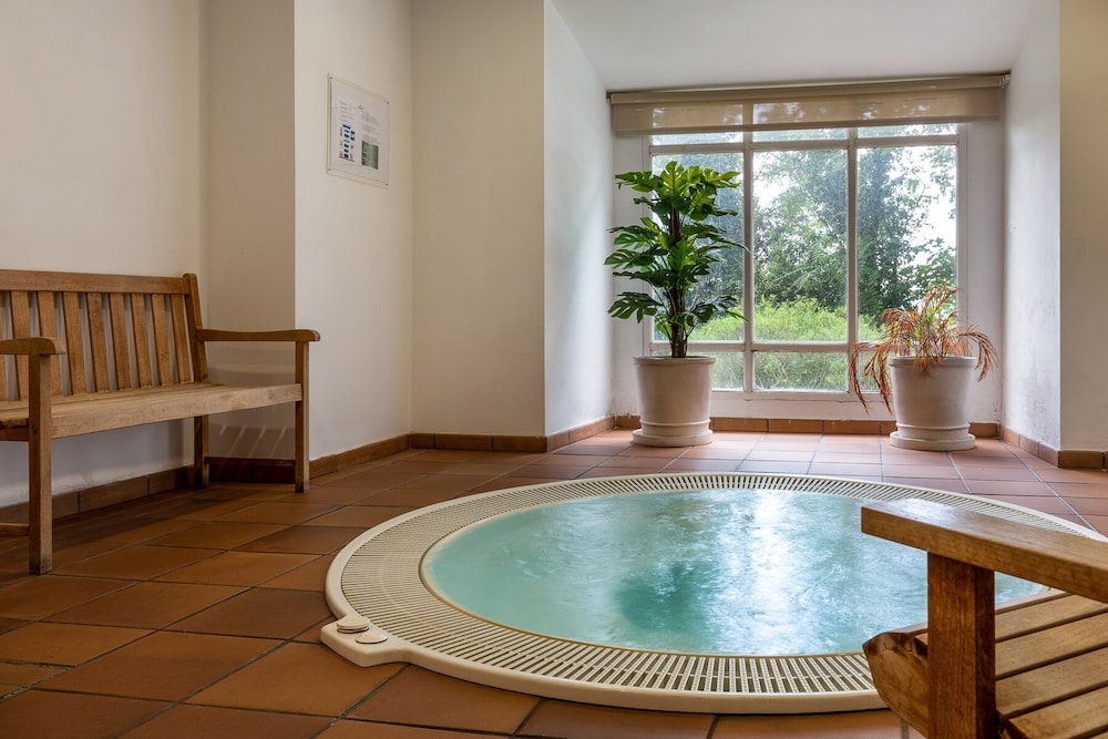 Indoor Spa Tub, Parador De Monforte De Lemos