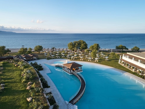 Giannoulis – Cavo Spada Luxury Sports & Leisure Resort & Spa