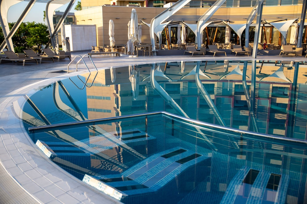 Outdoor Pool, Vega Hotel
