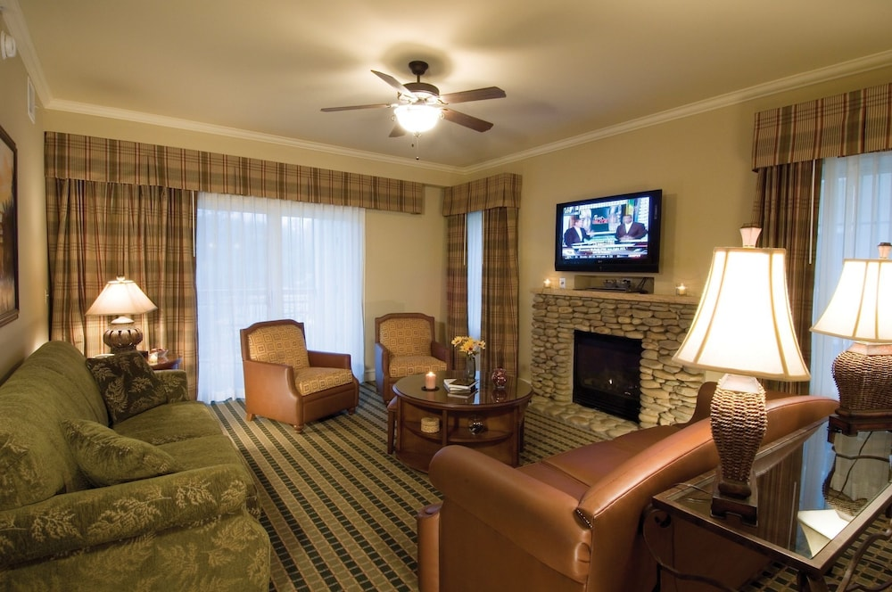 Living Room, RiverStone Resort & Spa