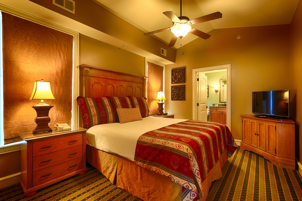 Room, RiverStone Resort & Spa