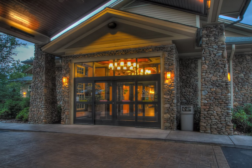 Property Entrance, RiverStone Resort & Spa