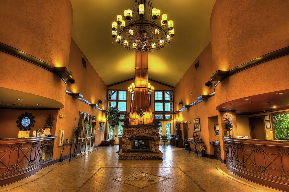 Lobby, RiverStone Resort & Spa