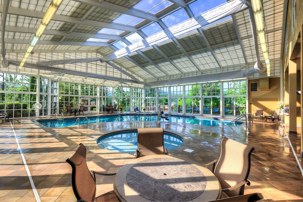 Indoor Pool, RiverStone Resort & Spa