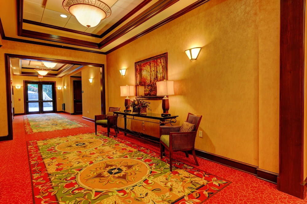 Hallway, RiverStone Resort & Spa