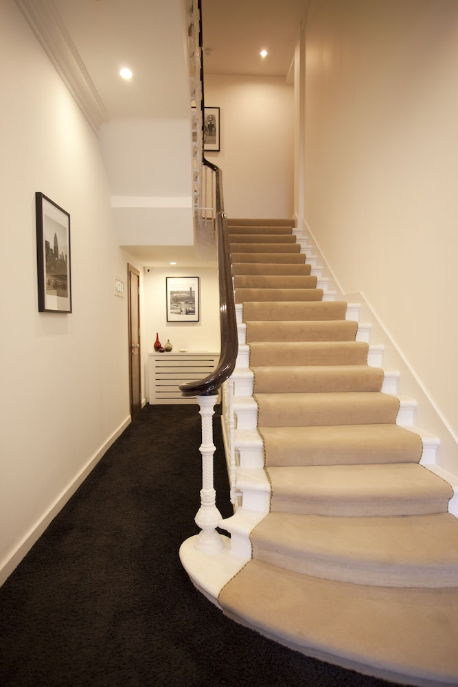 Staircase, Presidential Apartments - Kensington