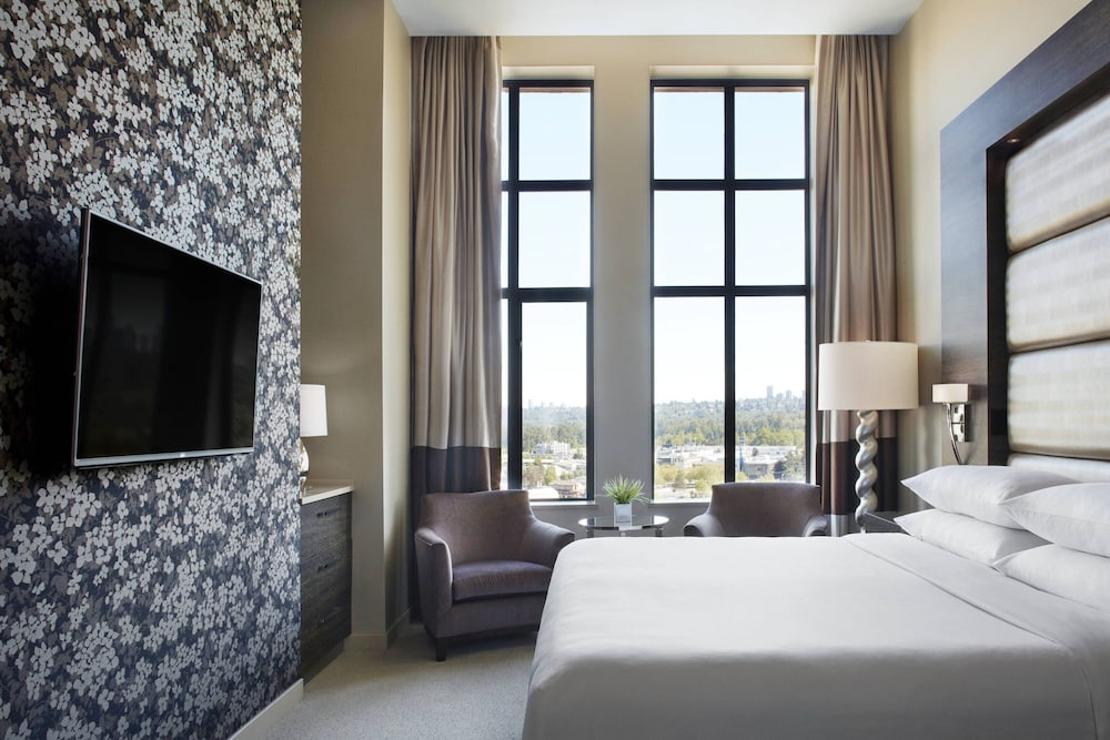 Delta Hotels by Marriott Burnaby Conference Centre: 2019 Pictures
