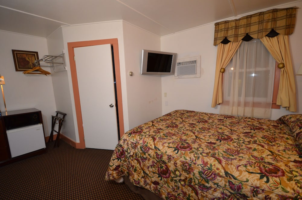 Room, Williamstown Motel