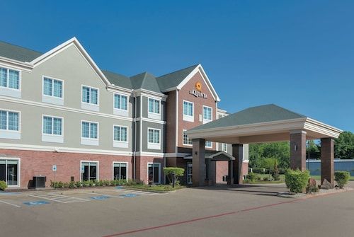 La Quinta Inn & Suites by Wyndham Tyler South