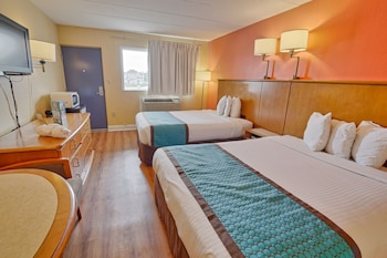 Standard Room, 2 Double Beds, Non Smoking - Guestroom