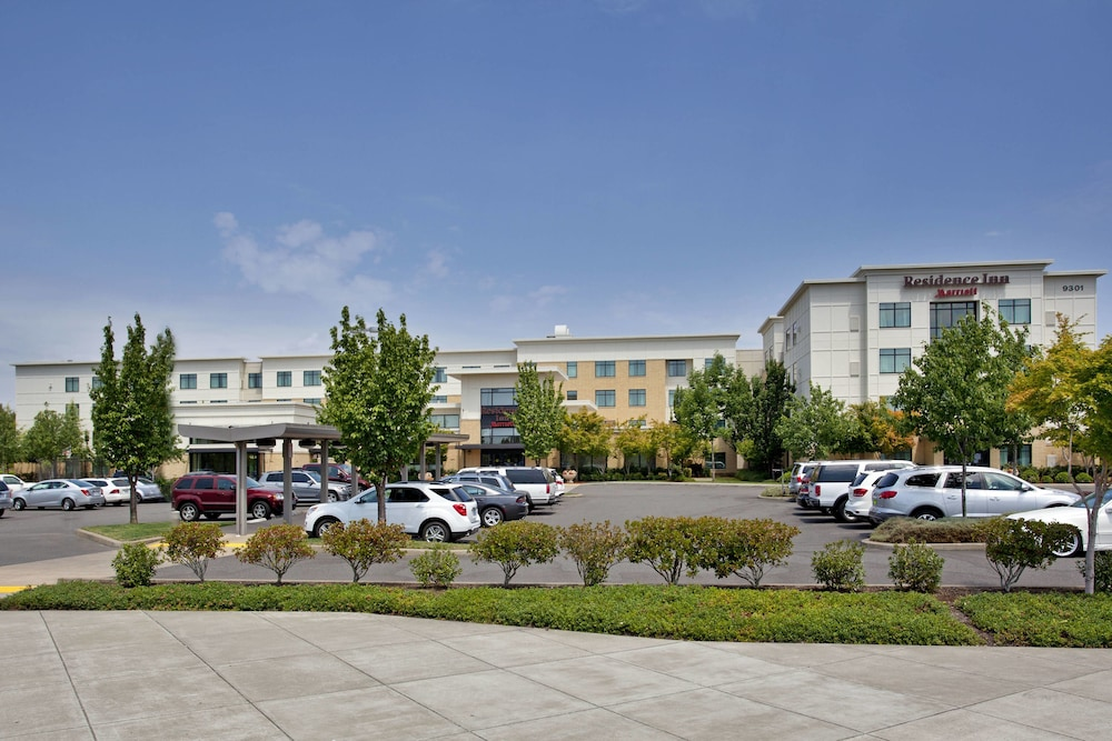 Exterior, Residence Inn Portland Airport at Cascade Station