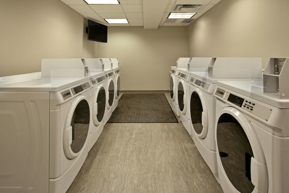 Laundry Room, Residence Inn Portland Airport at Cascade Station