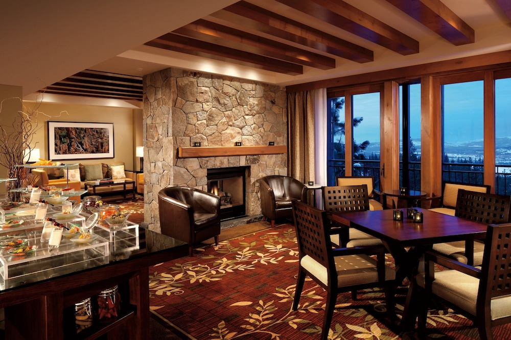 Bar, The Ritz-Carlton, Lake Tahoe