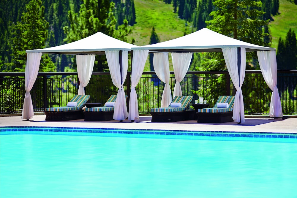 Outdoor Pool, The Ritz-Carlton, Lake Tahoe