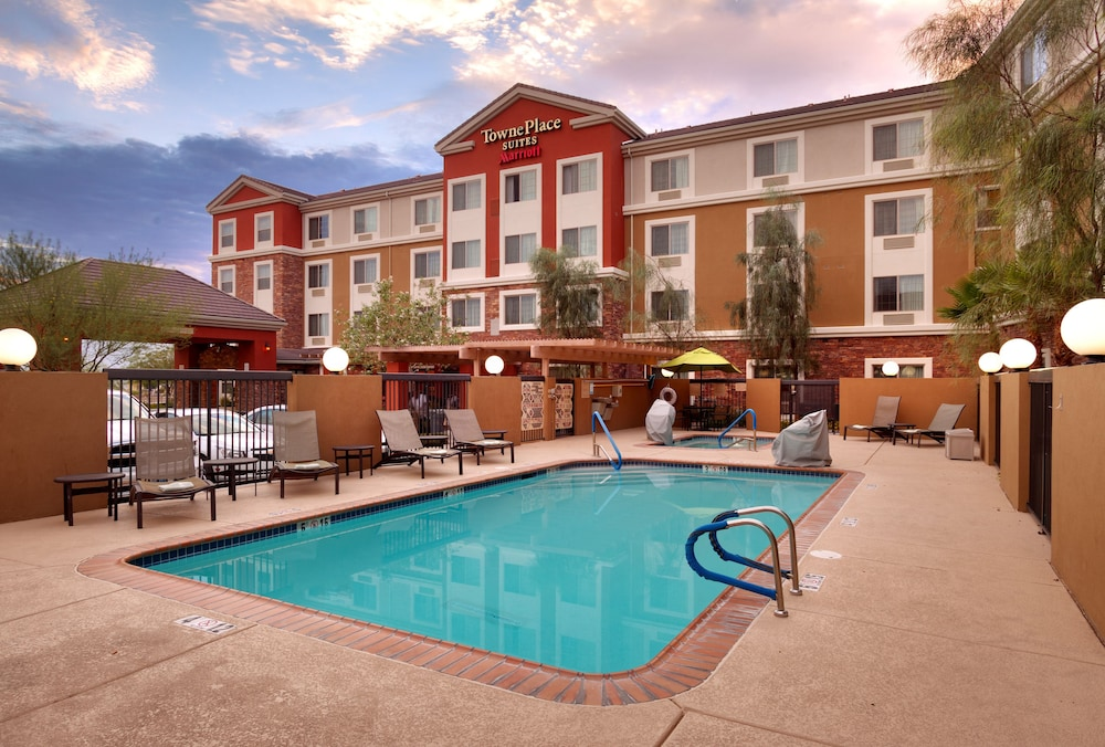 Outdoor Pool, TownePlace Suites by Marriott Las Vegas Henderson