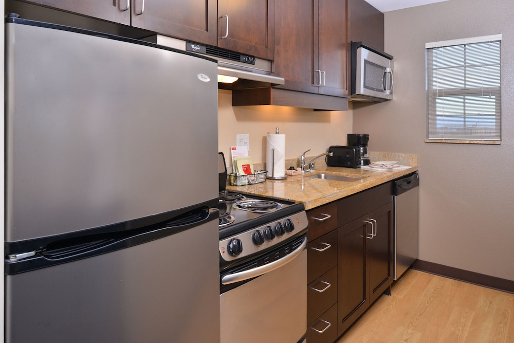 Private Kitchen, TownePlace Suites by Marriott Las Vegas Henderson