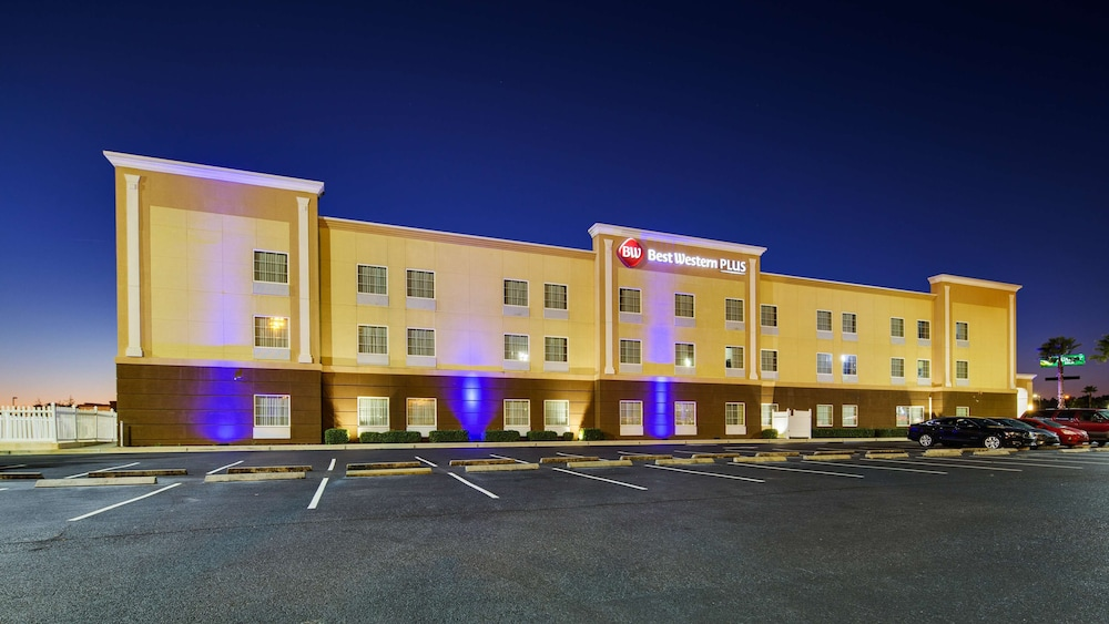 Featured Image, Best Western Plus Brunswick Inn & Suites