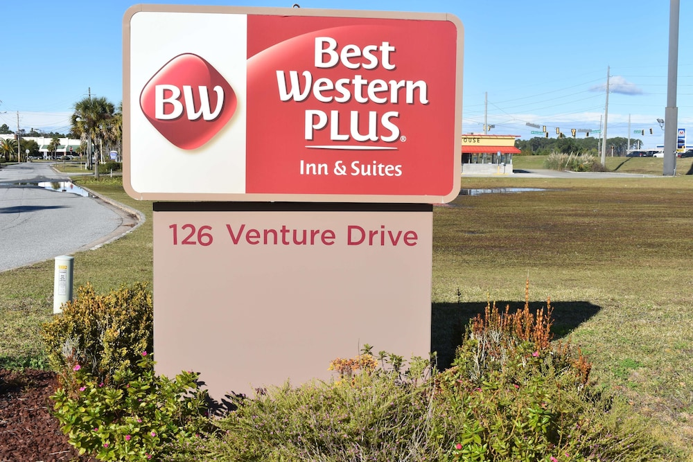 Exterior, Best Western Plus Brunswick Inn & Suites