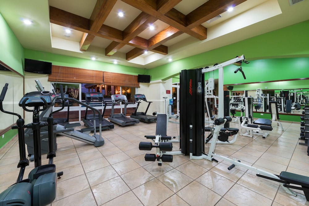 Gym, Plaza Hotel and Suites
