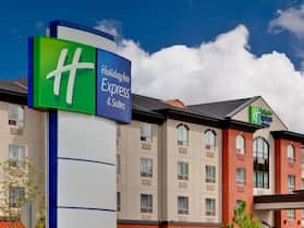 Holiday Inn Express Hotel & Suites WHITECOURT, an IHG Hotel