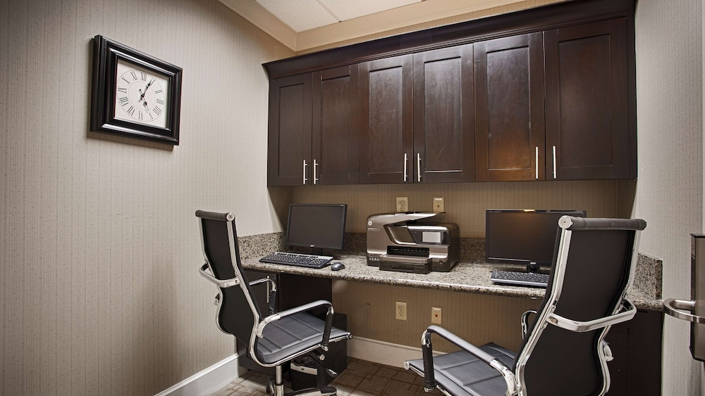 Business Center, Best Western Plus Texarkana Inn & Suites