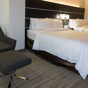 Holiday Inn Express Columbus Downtown