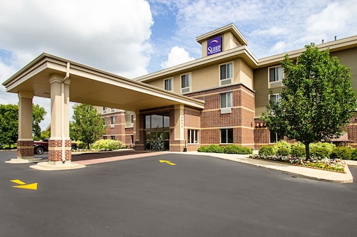 Hotels near Ho-Chunk Gaming Madison, Madison: Find Cheap $62