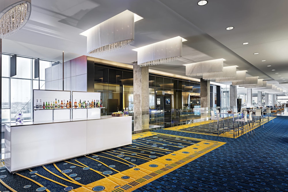 Meeting Facility, Montreal Airport Marriott In-Terminal Hotel