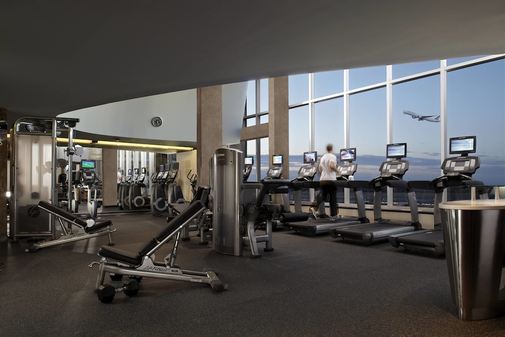 Fitness Facility, Montreal Airport Marriott In-Terminal Hotel