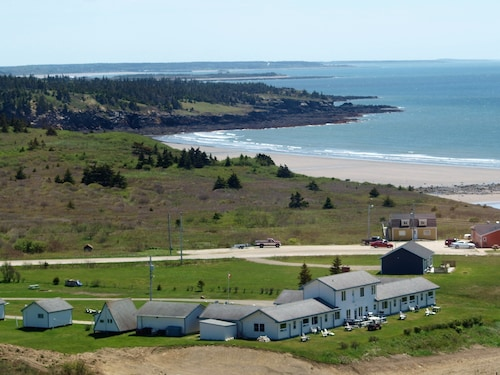 Cape View Motel And Cottages