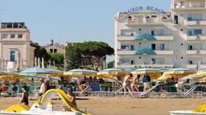 Plage privée, serviettes de plage