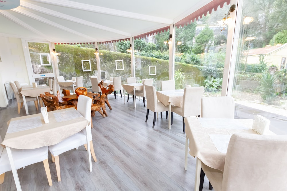 Food Court, Quinta Das Murtas - Bed & Breakfast