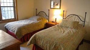 2 chambres, literie de qualité, décor unique, ameublement unique