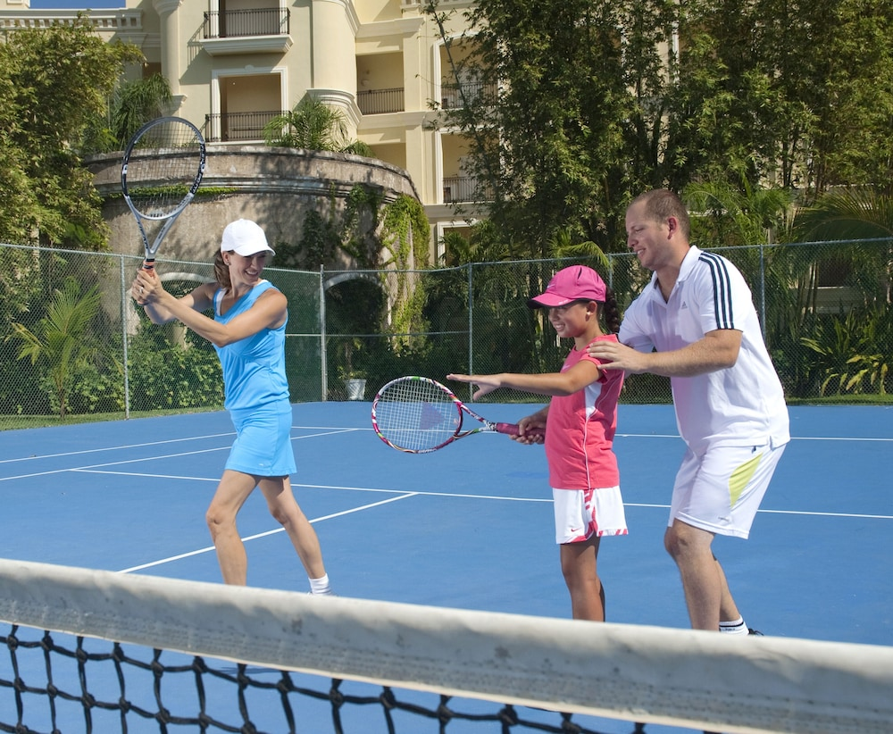 Tennis Court, Pueblo Bonito Emerald Luxury Villas & Spa - All Inclusive