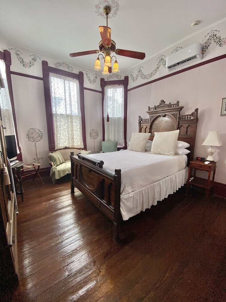 Room, Coppersmith Inn Bed and Breakfast
