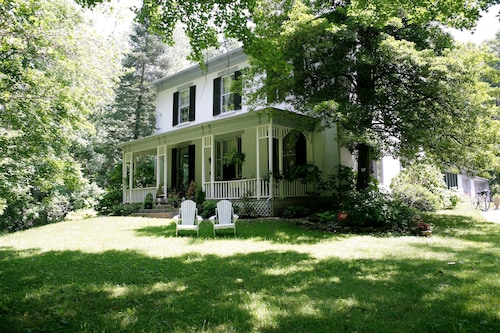 Check Expedia for Availability of 1861 Inn Bed & Breakfast