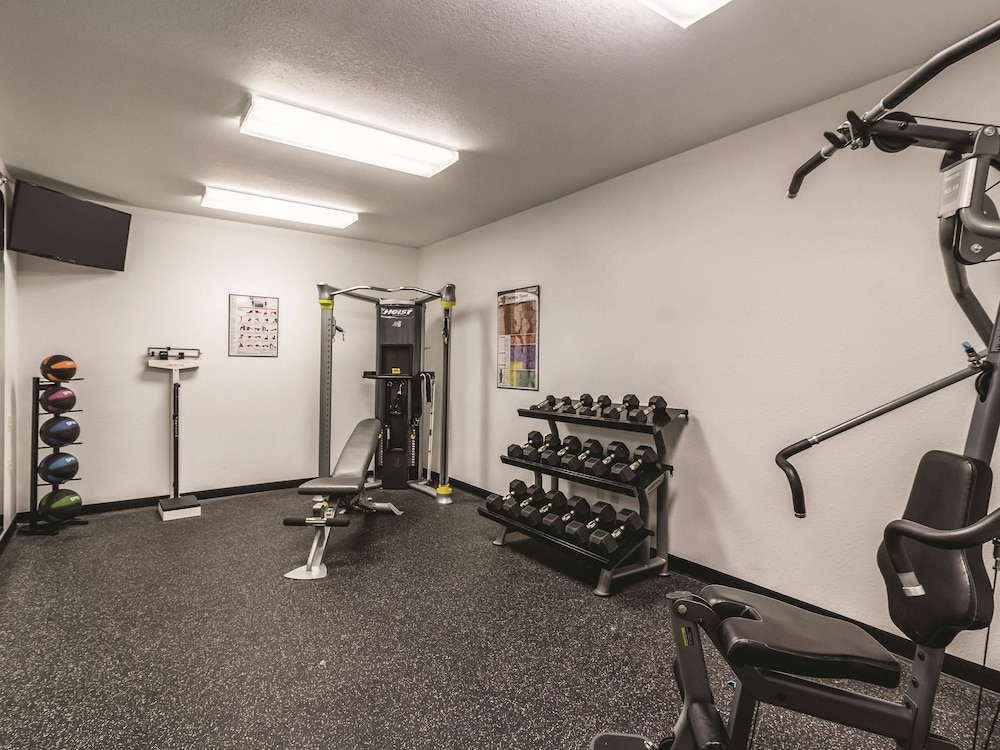 Fitness Facility, La Quinta Inn & Suites by Wyndham Fargo-Medical Center