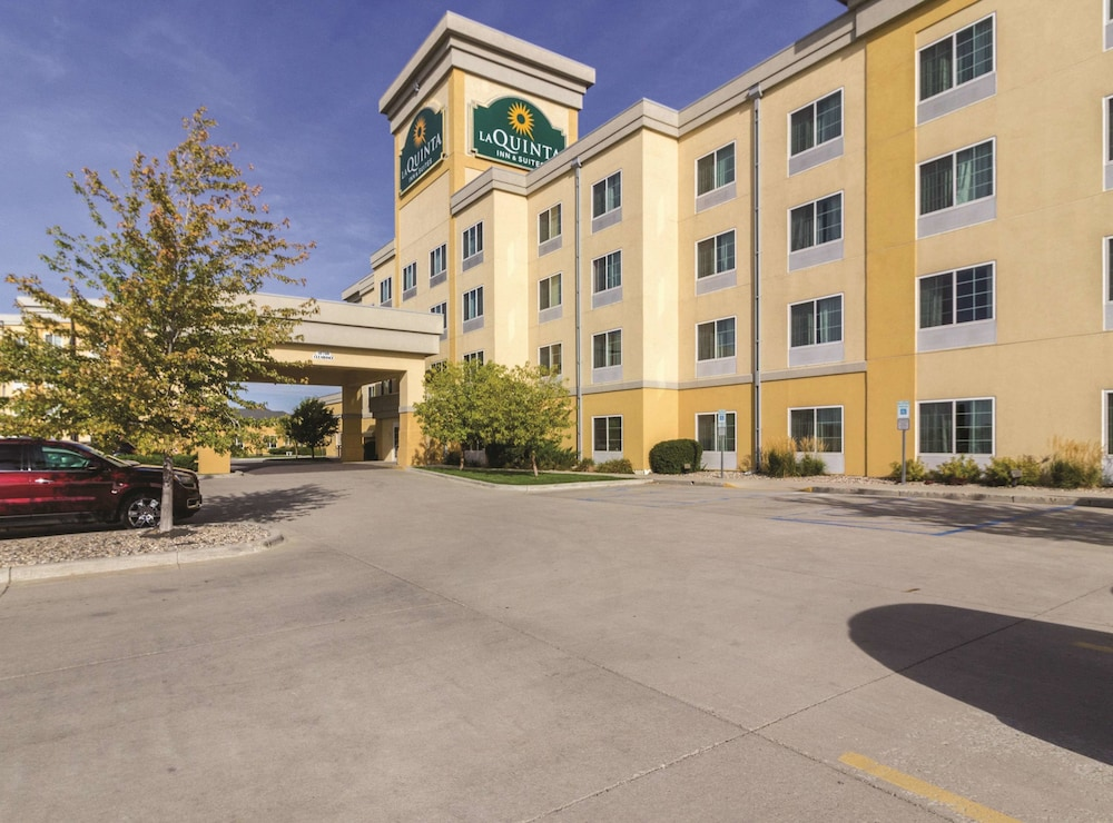 La Quinta Inn & Suites by Wyndham Fargo-Medical Center in