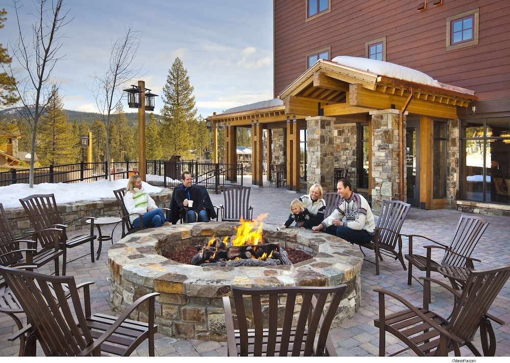 Courtyard, Northstar Lodge By Welk Resorts