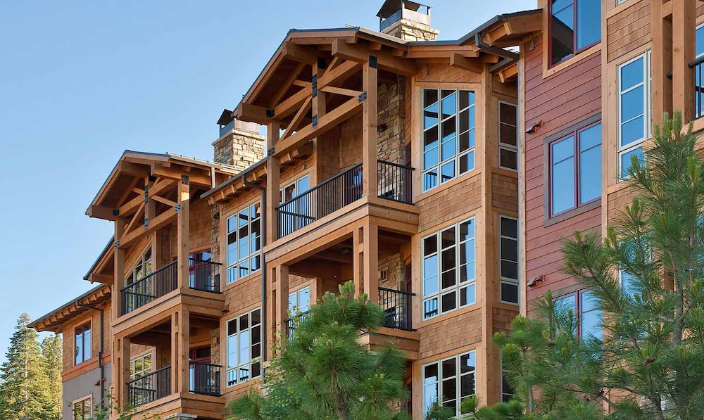 Exterior detail, Northstar Lodge By Welk Resorts