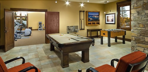 Billiards, Northstar Lodge By Welk Resorts