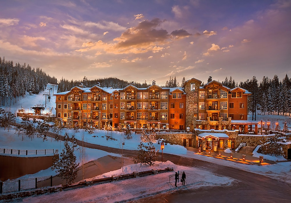 Ski Hill, Northstar Lodge By Welk Resorts