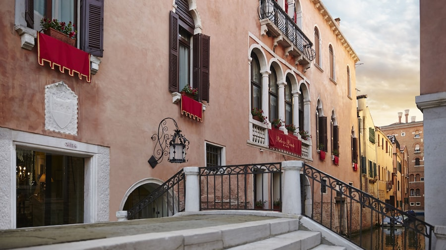 Palazzo Paruta & Wellness Apartments