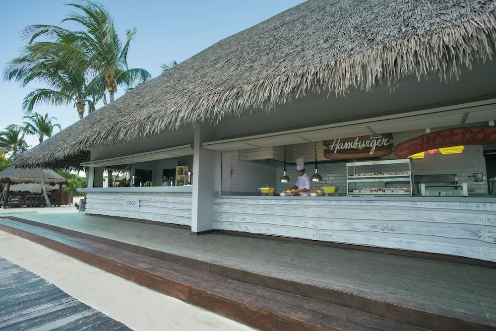 Beach Bar, Iberostar Selection Paraiso Lindo All Inclusive
