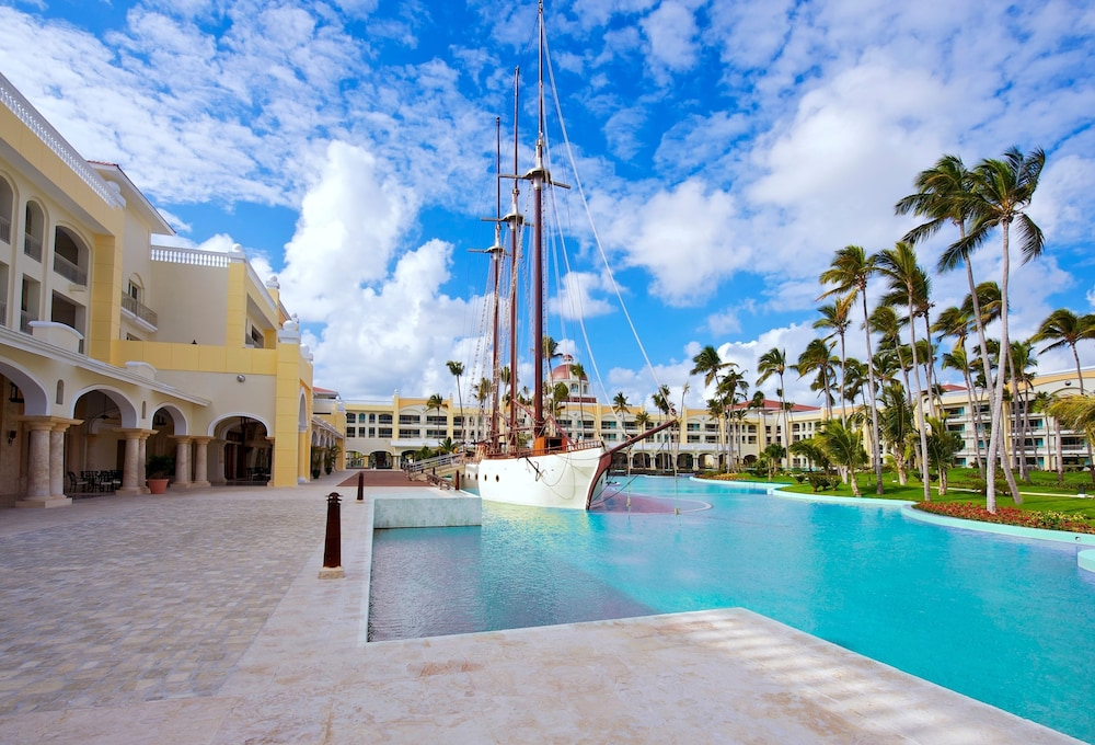 Outdoor Pool, Iberostar Grand Bavaro Adults Only - All Inclusive