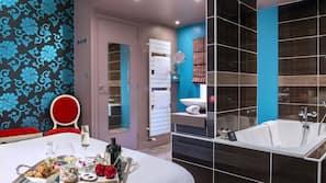 Literie de qualité supérieure, minibar, décoration personnalisée