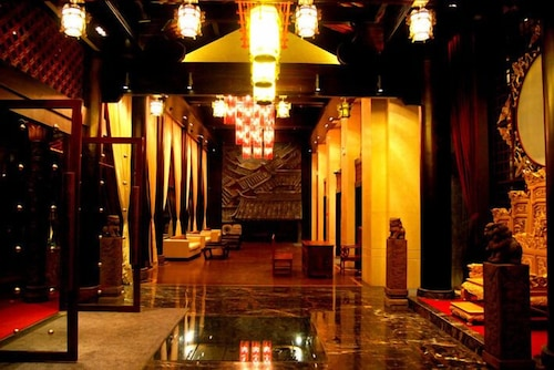 Interior Entrance, Chateau Boutique Hotel - Lijiang