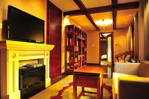 Fireplace, Chateau Boutique Hotel - Lijiang