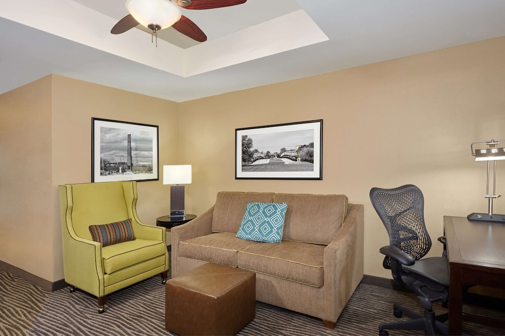 Living Area, Hilton Garden Inn Indianapolis/Northwest