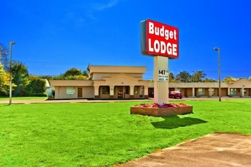 Great Place to stay Budget Lodge Buena near Buena